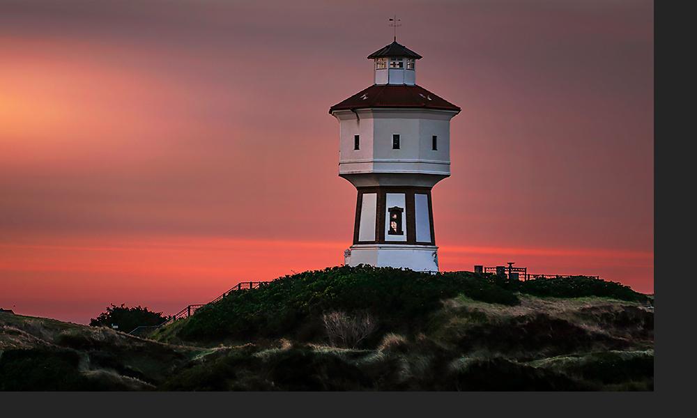 Der Wasserturm auf der Nordseeinsel Langeoog ist attraktiv
